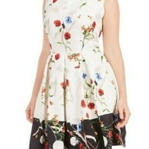 🆕 Julian Taylor New York plus dress white floral